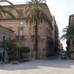 VITTORIA (RG):Via Cavour, nei fine settimana isola pedonale temporanea da Piazza del Popolo a Piazza Ricca