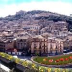 COSENZA: In caso di pioggia, i concerti di Ron,Fausto Leali e Onda Kalabra al Mercato dell'Arenella