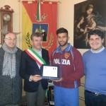 Un campione di lotta di Termini Imerese salva un uomo finito sui binari a Roma. La sua generosità un esempio per tutti