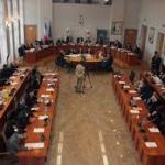 COSENZA: Consiglio comunale la maggioranza difende la scelta della Circolare veloce Cosenza-Università della Calabria