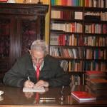 """COSENZA: Giovedì 4 giugno la presentazione al """"Rendano"""" del libro di poesie di Alessandro Sicilia """"Pagine fuori testo"""""""