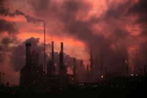 inquinamento-ciminiere-gas-serra