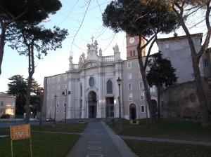 Facciata_della_basilica_di_Santa_Croce_di_Gerusalemme