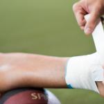 Il bendaggio funzionale, dunque, svolge ruoli preventivi, terapeutici e riabilitativi.
