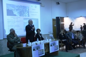 foto tavolo e relatori shoah