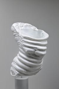 Angelo Brugnera, Bondage, scultura in marmo di Carrara, 53x30x60 cm.,2015