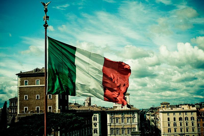 La Direzione Nazionale dell'Associazione Anas e la presidenza esprimono solidarietà al poliziotto e ai militari colpiti a Milano e allo Stato italiano.