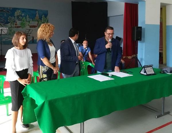 L'ANAS Calabria all'inaugurazione dell'A.A. dell'I.Comprensivo di Bovalino con il Sindaco per la consegna della borsa di studio