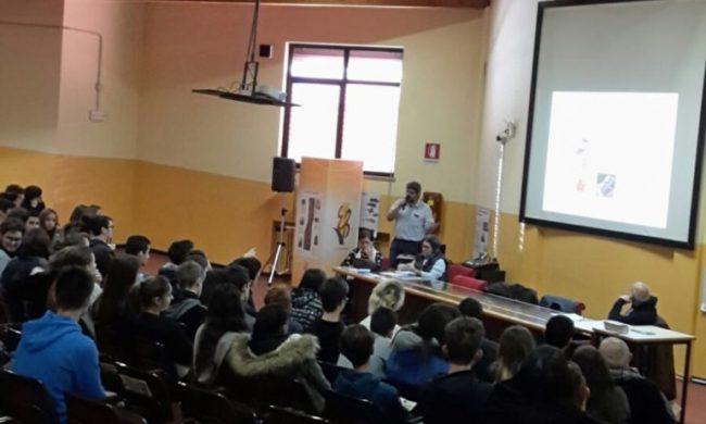 Campagna di sensibilizzazione nelle scuole Venete per prevenire la dipendenza dall'alcool con ANAS